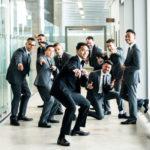成人式用のスーツをオーダーで仕立てる若者が急増
