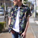 ワンパターンになりがちな夏コーデは、柄シャツの個性でカバー。