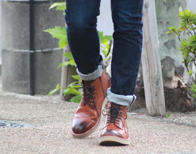 ブーツとデニム