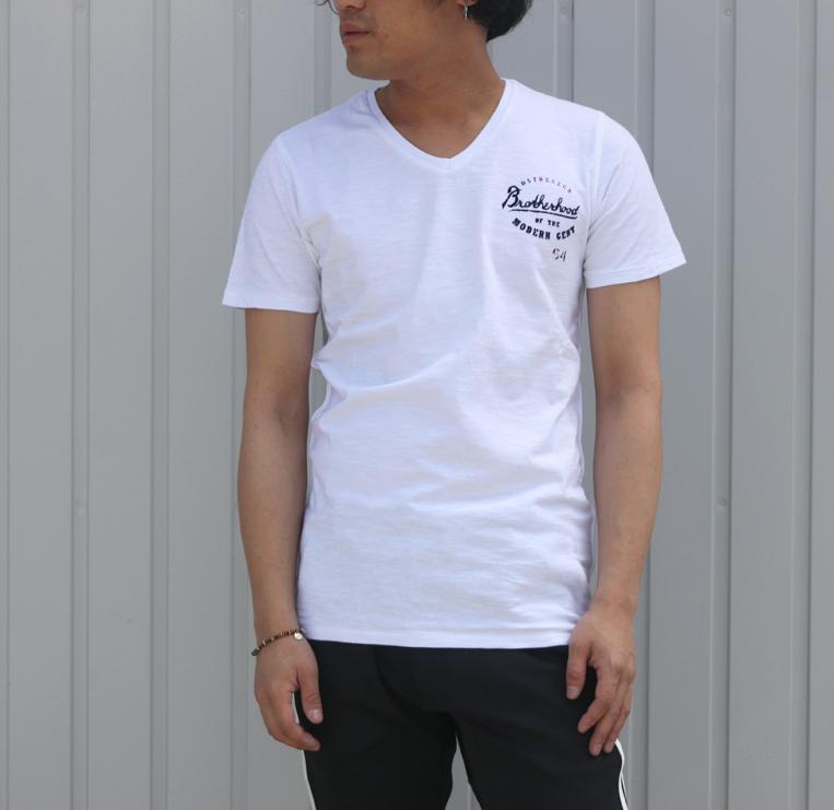 DSTREZZED/ディストレスVネック半袖ロゴTシャツ白