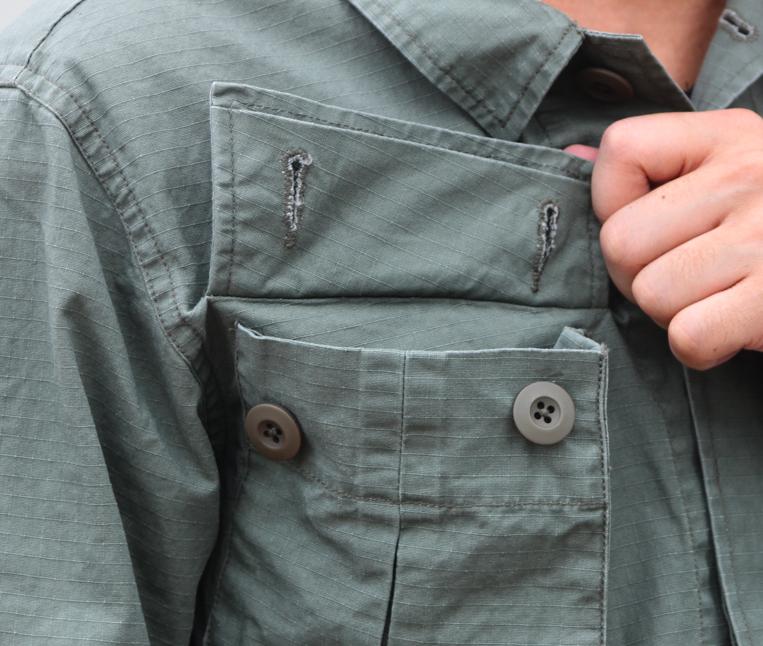 ミリタリシャツ ポケットフラップ